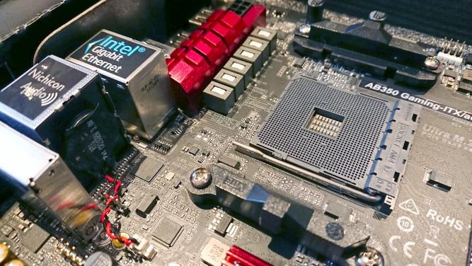 các bộ phần cơ bản của máy tính